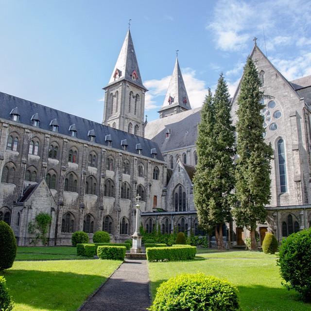 Prachtige abdij van Maredsous #Maredsous #abdij #Ardennen #bier #instatravel #abdijbier #instabeer #wallonietourisme