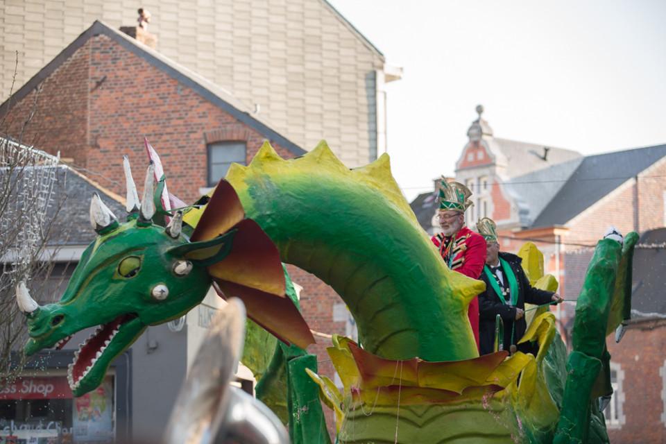 carnavalsoptocht-marche-en-famenne4