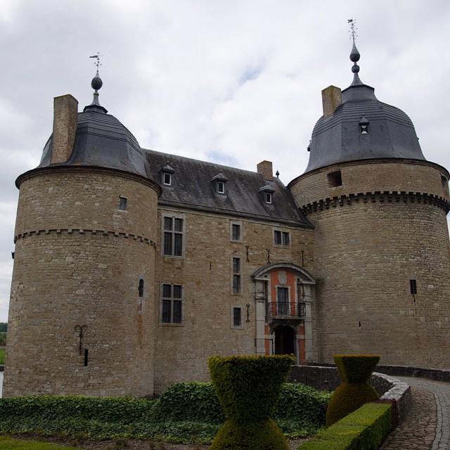 Prachtig jachtslot in de Ardennen Chateau Lavaux Saint Anne #Lavauxsaintanne #Ardennen #Rochefort #kasteel #jachtslot #geschiedenis #instatravel #wallonietourisme