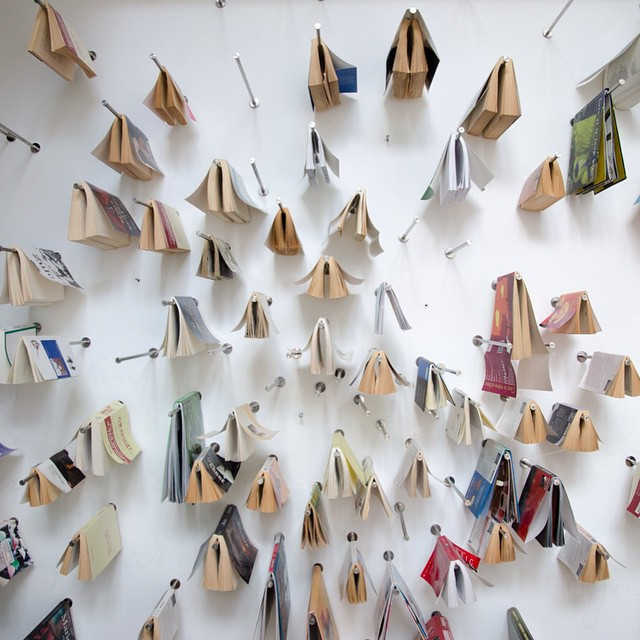 "Prachtige ""boekenkast"" in een hotel in de Franse Ardennen #ledormeurduval #Ardennen #Franseardennen #Charleville #Rimbaud #instatravel"